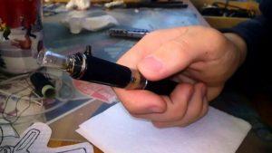 Можно ли вернуть электронную сигарету которая течет