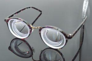 Можно устанавливать просроченные линзы в очки