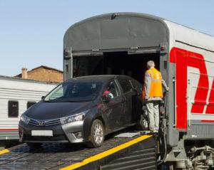 Как перевести машину в другой город по жд