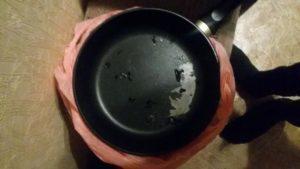 Можно ли вернуть новую сковороду в магазин