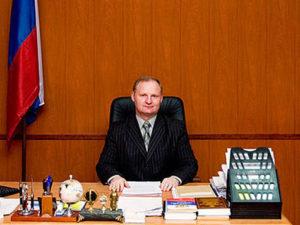 Председатель мещанского районного суда